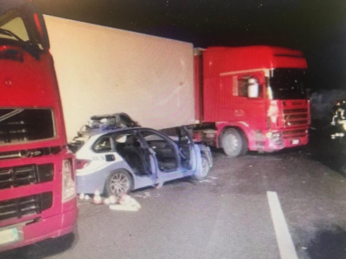 Tragedia sulla A18: 3 morti e 6 feriti, fra le vittime un agente della Polstrada