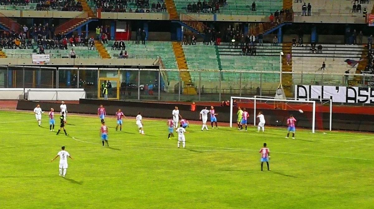 """Catania-Potenza alle porte, Lo Monaco rompe il silenzio stampa e s'avventa contro Caiata: """"Basta con il vittimismo"""""""